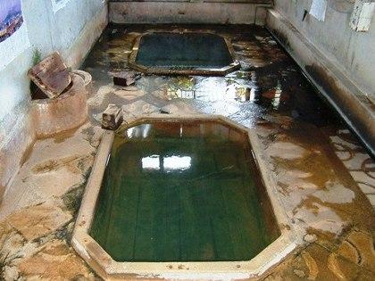 歴史的温泉!温泉マニアも絶賛!西郷隆盛も入ったとされる指宿温泉「村之湯温泉」で湯と戯れる安らぎのひと時を味わう!